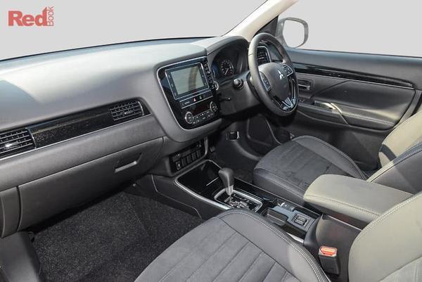 Mitsubishi Outlander LS MY19 Outlander 2WD LS CVT from $34,290 drive away