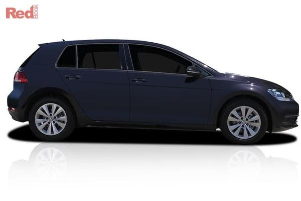 Volkswagen Golf 110TSI Selected MY19 Demonstrator vehicles - Free 3 Year/45,000 km scheduled servicing