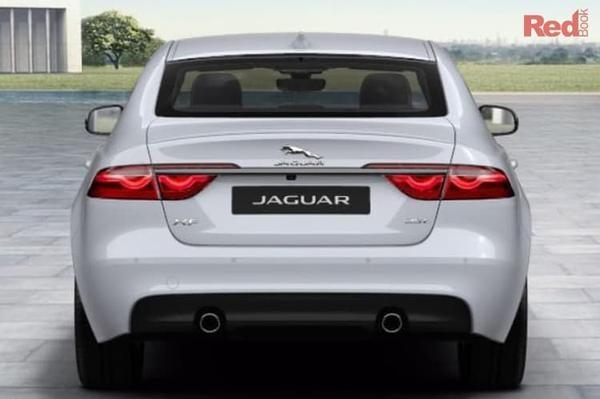 Jaguar XF 25t