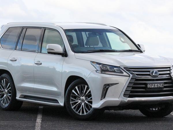 2018 Lexus LX450d quick spin review | Drive com au