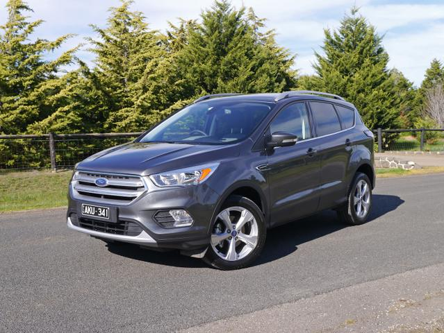 2017 Ford Escape Trend 1 5l EcoBoost 2WD Review | Loaded