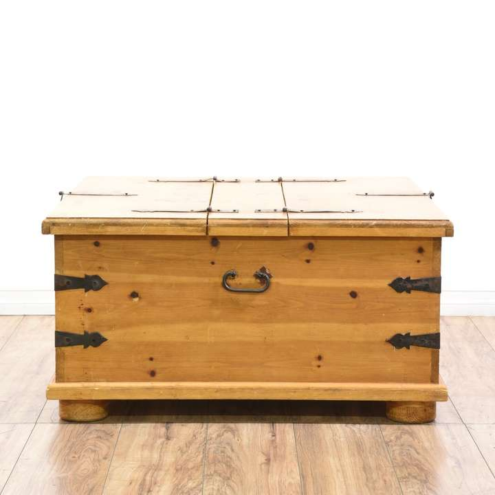 Pine Coffee Table Hull: Pine Coffee Table Trunk W/ Storage