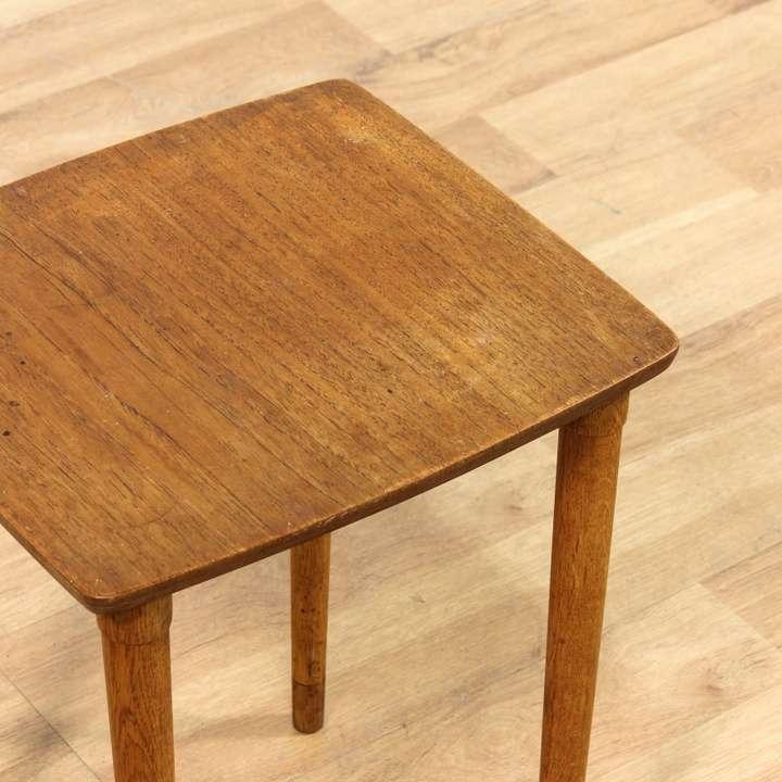Square simple danish modern end table loveseat vintage for Danish modern la