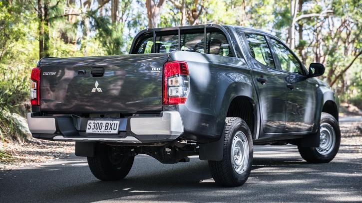 2019 Mitsubishi Triton GLX review | Power, Tech and Durability