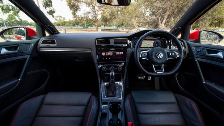 2019 Volkswagen Golf GTI review | Power, Tech and Handling