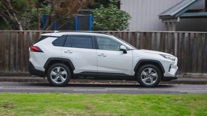 2019 Toyota RAV4 GXL Hybrid AWD review   Value, Efficiency