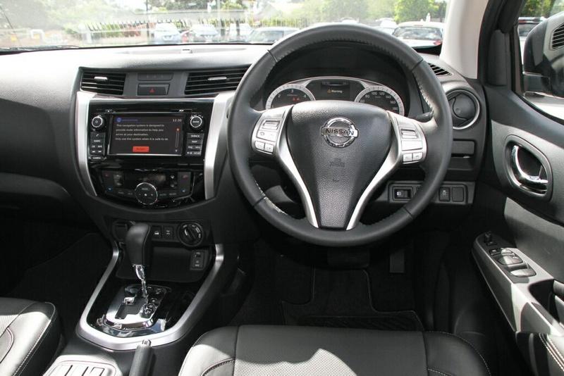 NISSAN NAVARA ST-X D23 Series 3 ST-X Utility Dual Cab 4dr Spts Auto 7sp 4x4 2.3DTT