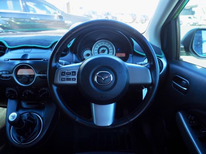 MAZDA 2 Genki DE Series 1 Genki Hatchback 5dr Man 5sp 1.5i [Jan]