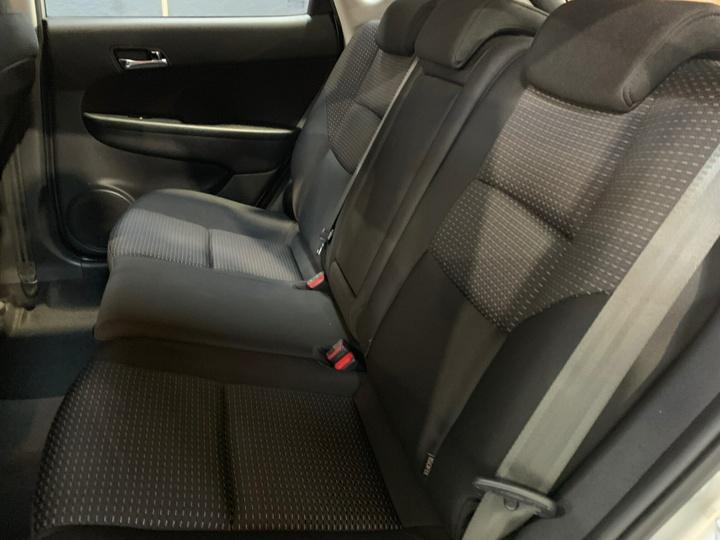 HYUNDAI I30 SLX FD SLX Hatchback 5dr Man 5sp 1.6DT [MY11]