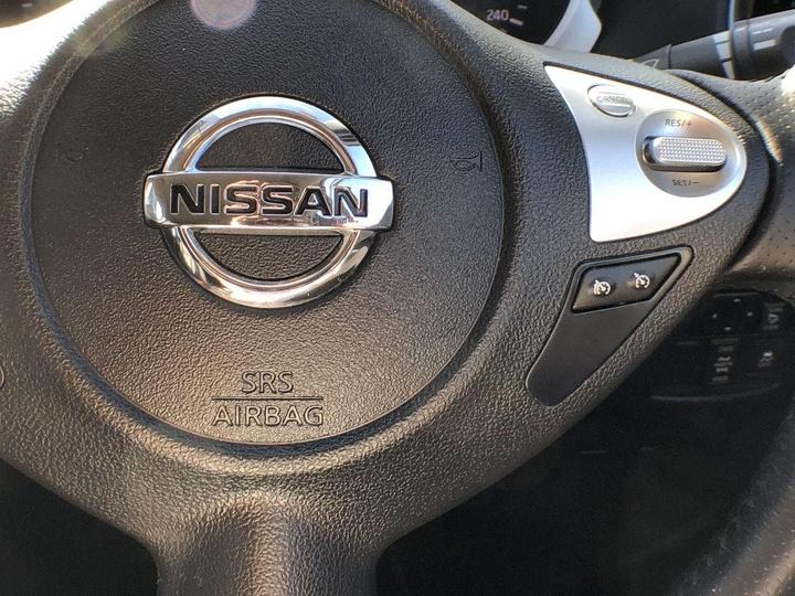 NISSAN JUKE Ti-S F15 Ti-S Hatchback 5dr CVT 1sp AWD 1.6T [MY14]