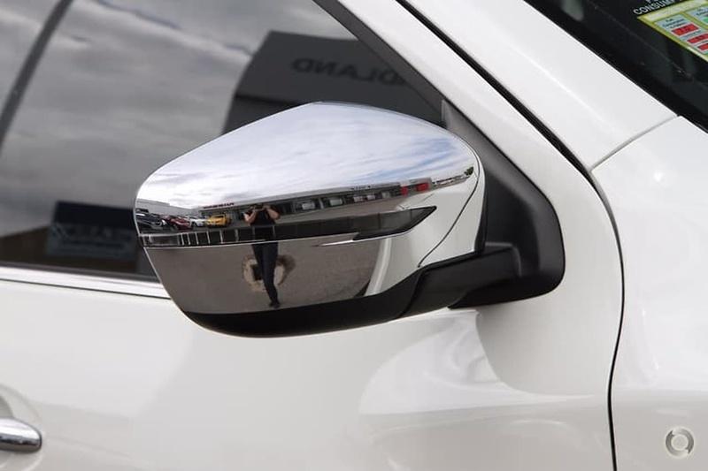 NISSAN NAVARA ST-X D23 Series 3 ST-X Utility Dual Cab 4dr Spts Auto 7sp 4x4 2.3DTT (5yr Warranty) [Apr]