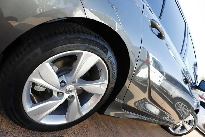 HOLDEN COMMODORE RS-V ZB RS-V Sportwagon 5dr Spts Auto 9sp AWD 3.6i [MY18]