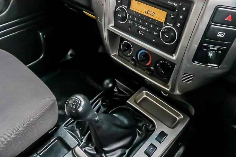 NISSAN PATROL DX Y61 DX Wagon 5dr Man 5sp 4x4 3.0DT (GU 8)