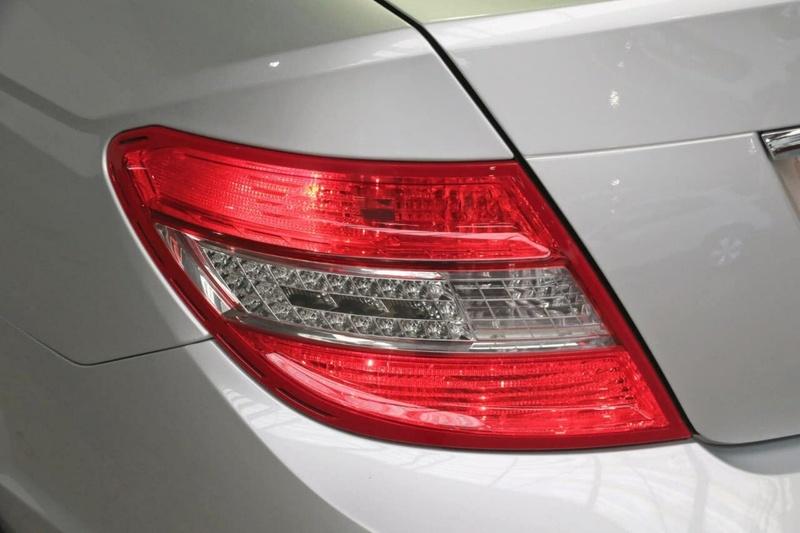 MERCEDES-BENZ C280 Avantgarde W204 Avantgarde Sedan 4dr Spts Auto 7sp 3.0i