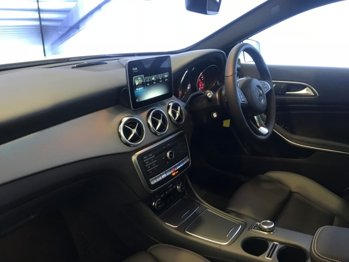 MERCEDES-BENZ GLA250  X156 Wagon 5dr DCT 7sp 4MATIC 2.0T [Jun]