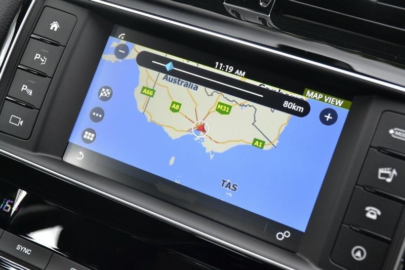 JAGUAR XE 25t X760 25t Prestige Sedan 4dr Spts Auto 8sp 2.0T [MY18]