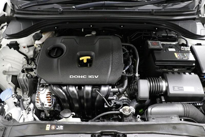 HYUNDAI ELANTRA Active AD Active Sedan 4dr Spts Auto 6sp 2.0i [MY17]