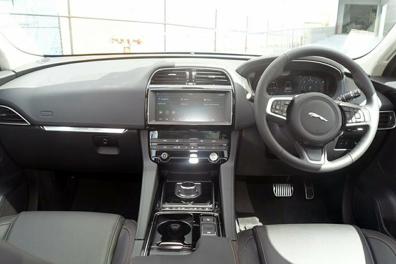 JAGUAR F-PACE 20d X761 20d Prestige Wagon 5dr Spts Auto 8sp AWD 2.0DT [MY19]