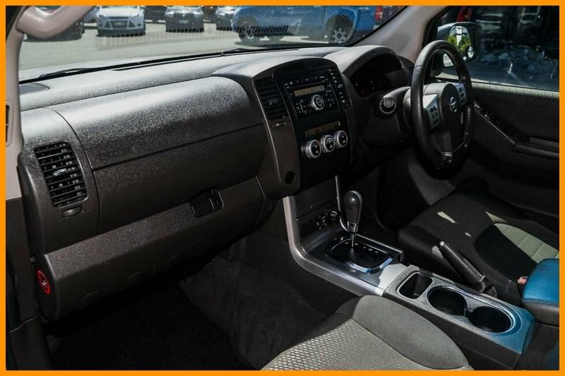 NISSAN NAVARA ST-X D40 ST-X 550 Utility Dual Cab 4dr Spts Auto 7sp 4x4 3.0DT [MY11]