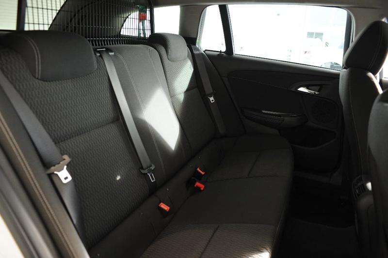 HOLDEN COMMODORE Evoke VF Series II Evoke Sportwagon 5dr Spts Auto 6sp 3.0i [MY16]