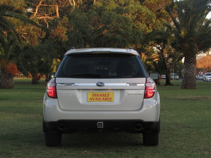 SUBARU OUTBACK  3GEN. Wagon 5dr Man 5sp D/Range AWD 2.5i [MY09]