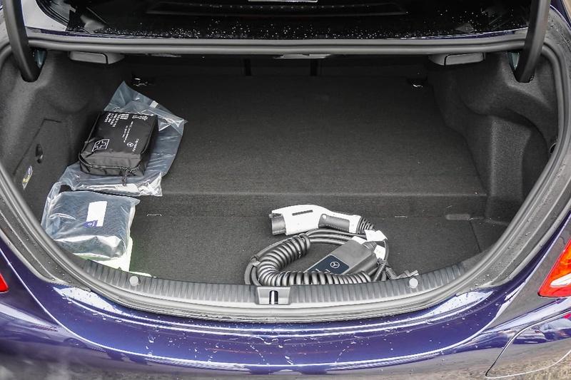 MERCEDES-BENZ C350 e W205 e Sedan 4dr 7G-TRONIC + 7sp 2.0T/60kW Hybrid