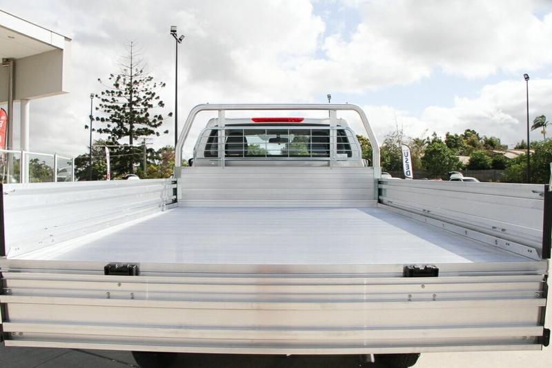 NISSAN NAVARA RX D23 Series 3 RX Cab Chassis Single Cab 2dr Spts Auto 7sp 4x4 2.3DT