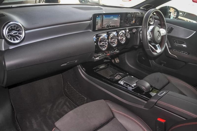 MERCEDES-BENZ A200  W177 Hatchback 5dr D-CT 7sp 1.3T
