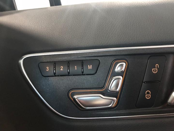 MERCEDES-BENZ GLA180  X156 Wagon 5dr DCT 7sp 1.6T [Mar]