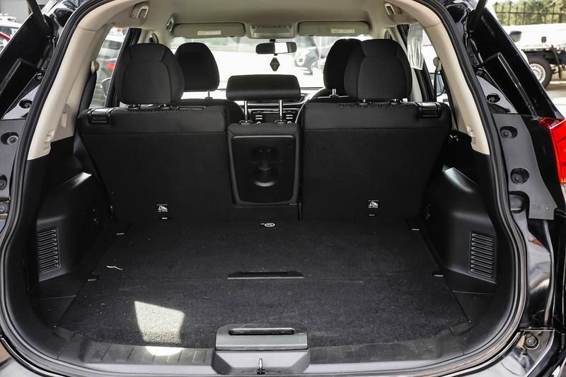 NISSAN X-TRAIL ST T32 Series II ST Wagon 5dr X-tronic 7sp 2WD 2.5i [Feb]