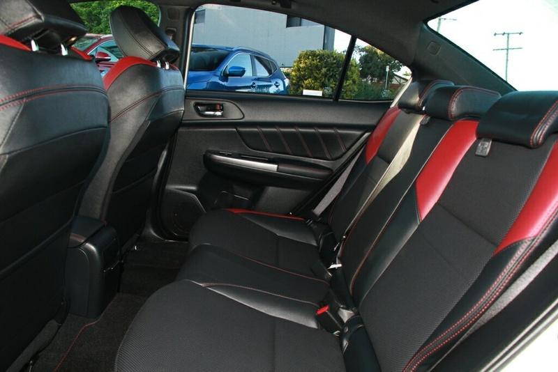 SUBARU WRX  V1. Sedan 4dr Man 6sp AWD 2.0T [MY16]