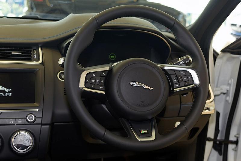 JAGUAR E-PACE P250 X540 P250 R-Dynamic S Wagon 5dr Spts Auto 9sp AWD 2.0T [MY19]