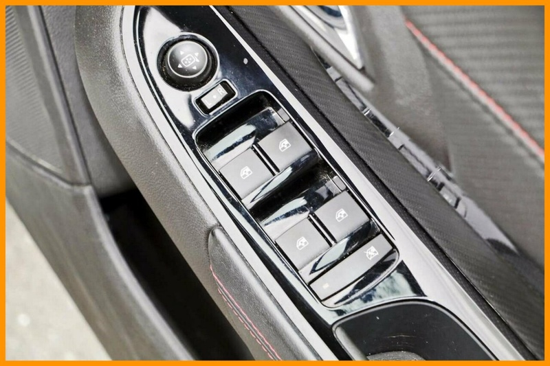 HOLDEN COMMODORE SV6 VF SV6 Storm Sportwagon 5dr Spts Auto 6sp 3.6i [MY15]