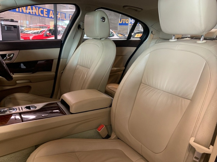 JAGUAR XF S X250 S Portfolio Sedan 4dr Spts Auto 6sp 3.0DTT [MY11]