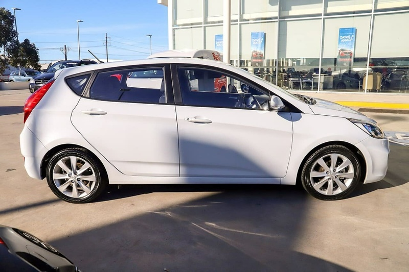 HYUNDAI ACCENT Sport RB5 Sport Hatchback 5dr Spts Auto 6sp 1.6i (May) [MY17]