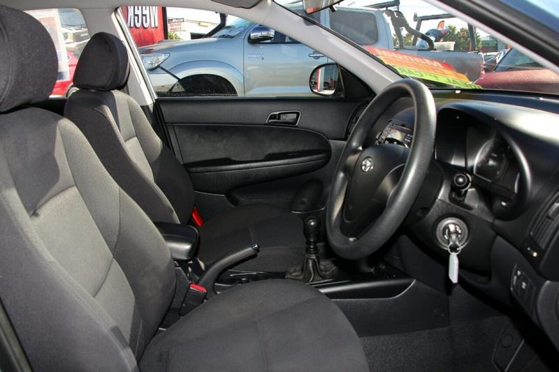 HYUNDAI I30 SX FD SX Hatchback 5dr Man 5sp 2.0i [MY09]