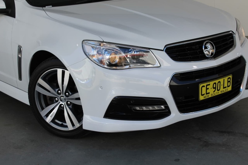 HOLDEN COMMODORE SS VF SS Sedan 4dr Spts Auto 6sp 6.0i [MY15]