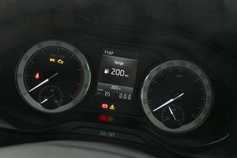 SKODA KAROQ 110TSI NU 110TSI Wagon 5dr Man 6sp FWD 1.5T [MY18]