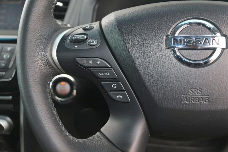 NISSAN PATHFINDER ST-L R52 ST-L Wagon 7st 5dr X-tronic 1sp 2WD 3.5i [MY15]