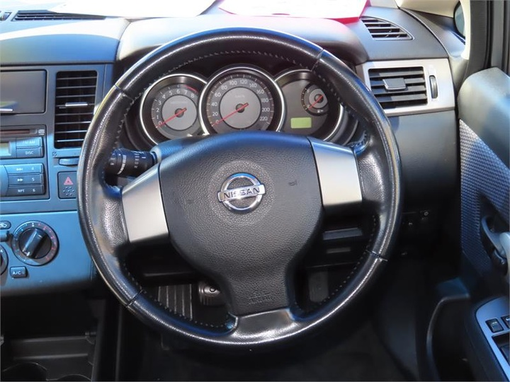 NISSAN TIIDA Q C11 Q Hatchback 5dr Man 6sp 1.8i [Feb]