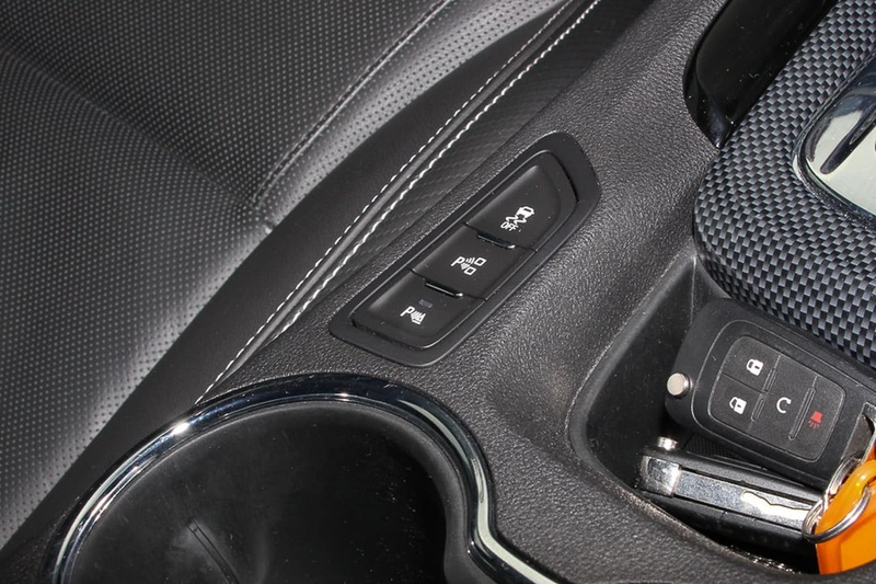 HOLDEN COMMODORE SV6 VF Series II SV6 Sportwagon 5dr Spts Auto 6sp 3.6i [MY16]