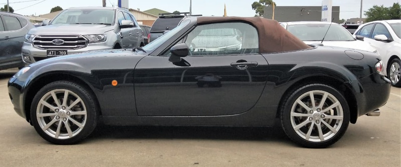 MAZDA MX-5  NB Series 4 Softtop 2dr Auto 4sp 1.8i