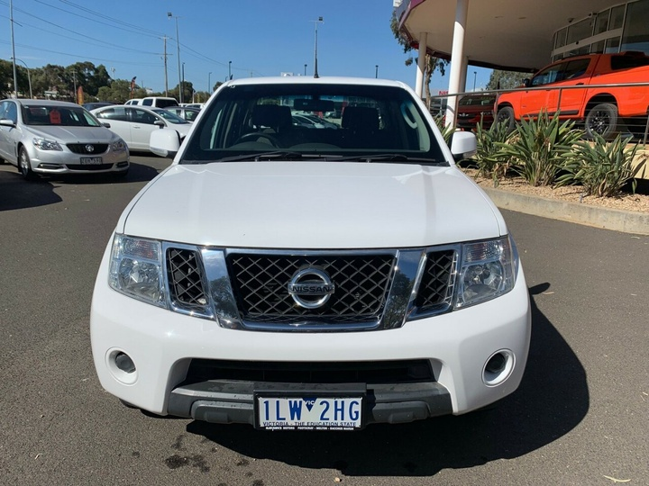 NISSAN NAVARA ST D40 Series 7 ST Utility Dual Cab 4dr Spts Auto 5sp 4x2 2.5DT (May)