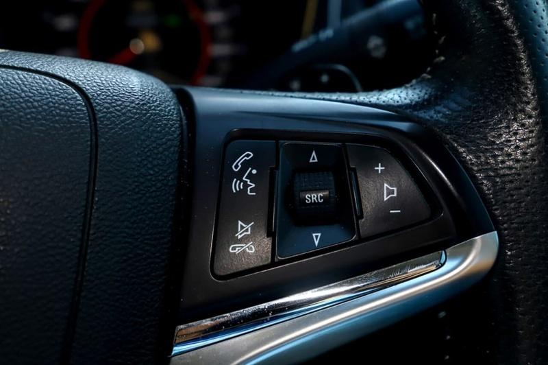 HOLDEN SPECIAL VEHICLES CLUBSPORT R8 GEN-F R8 Tourer 5dr Spts Auto 6sp 6.2i [MY15]