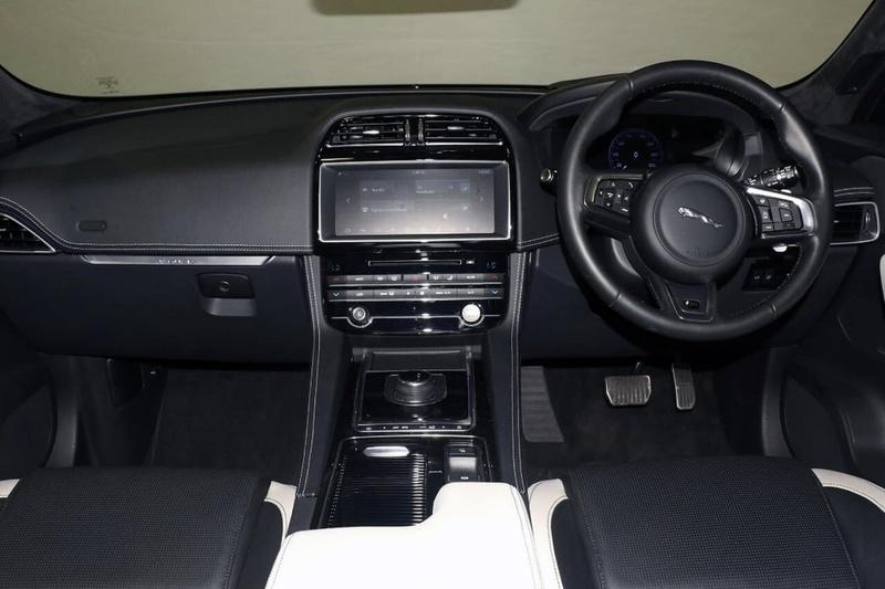 JAGUAR F-PACE 35t X761 35t S Wagon 5dr Spts Auto 8sp AWD 3.0SC [MY18]