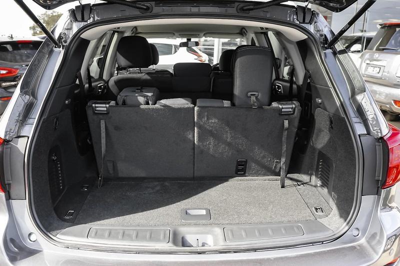NISSAN PATHFINDER ST+ R52 Series III ST+ Wagon 7st 5dr X-tronic 1sp 2WD 3.5i [MY19]