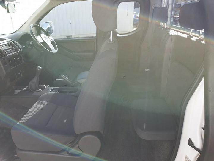 NISSAN NAVARA ST-X D40 Series 6 ST-X Cab Chassis King Cab 4dr Man 6sp 4x4 2.5DT