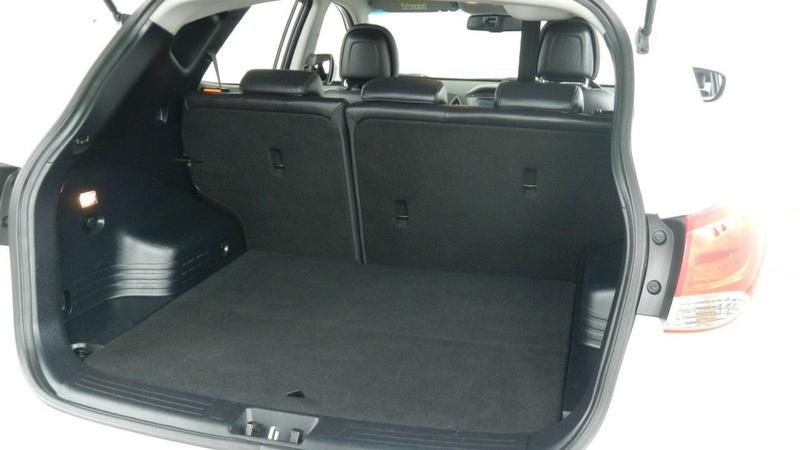 HYUNDAI IX35 SE Series II SE Wagon 5dr Spts Auto 6sp 2.0i [Oct]