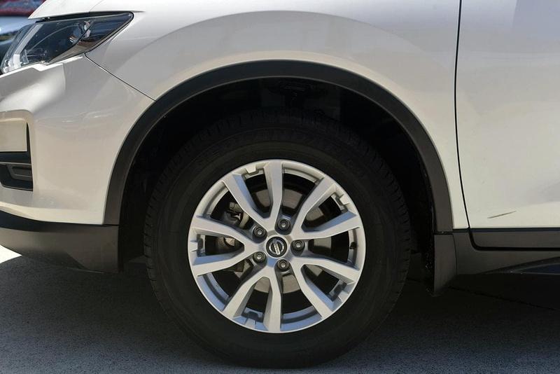 NISSAN X-TRAIL ST T32 ST Wagon 5dr X-tronic 7sp 4WD 2.5i