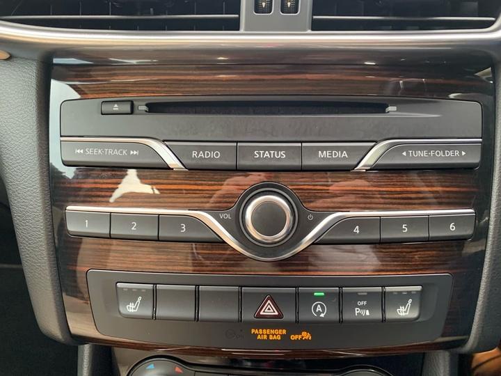 INFINITI QX30 Premium H15 Premium Wagon 5dr D-CT 7sp AWD 2.0T [May]